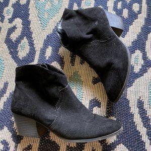 Black Short Booties Size 10 Faux Suede